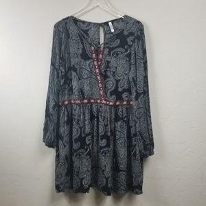 .Xhilaration//Paisley print boho chic dress sz XL